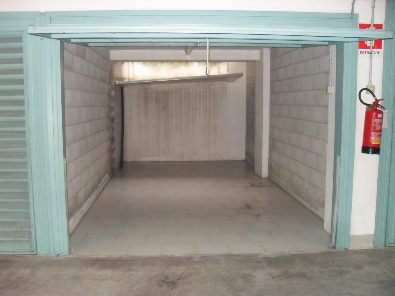 Zona ospedali garage a piano interrato di recente - Garage interrato ...